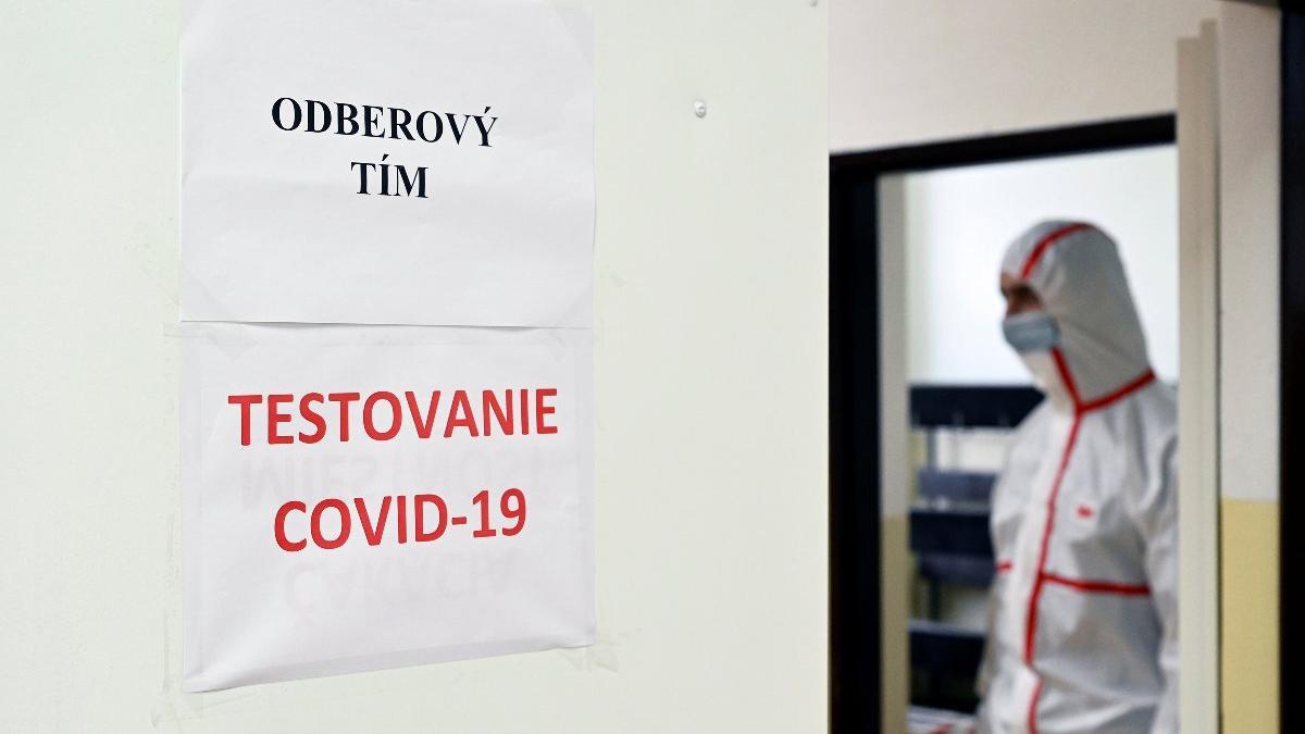 İlk dalganın başarı simgesi Slovakya, tüm ülkeyi teste sokacak