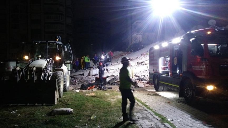 İzmir Tabip Odası Genel Sekreteri'nin eşi ile 2 çocuğu depremde vefat etti