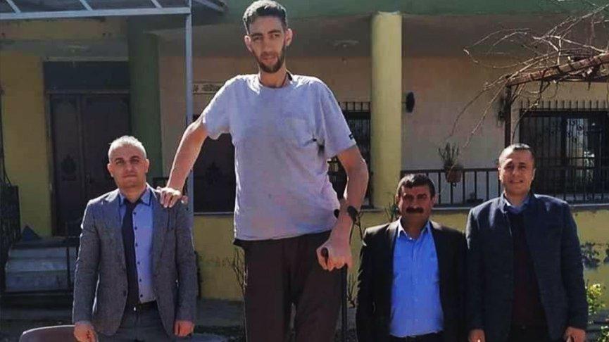 Dünyanın en uzun insanı Sultan Kösen coronaya yakalandı
