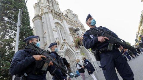 Nice'deki bıçaklı saldırıda sıcak gelişme: Olayla bağlantılı üçüncü kişi yakalandı