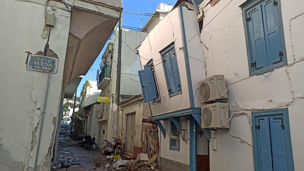 Komşuda deprem Sisam'ı vurdu! Kilise çöktü, sular yükseldi: İki öğrenci can verdi