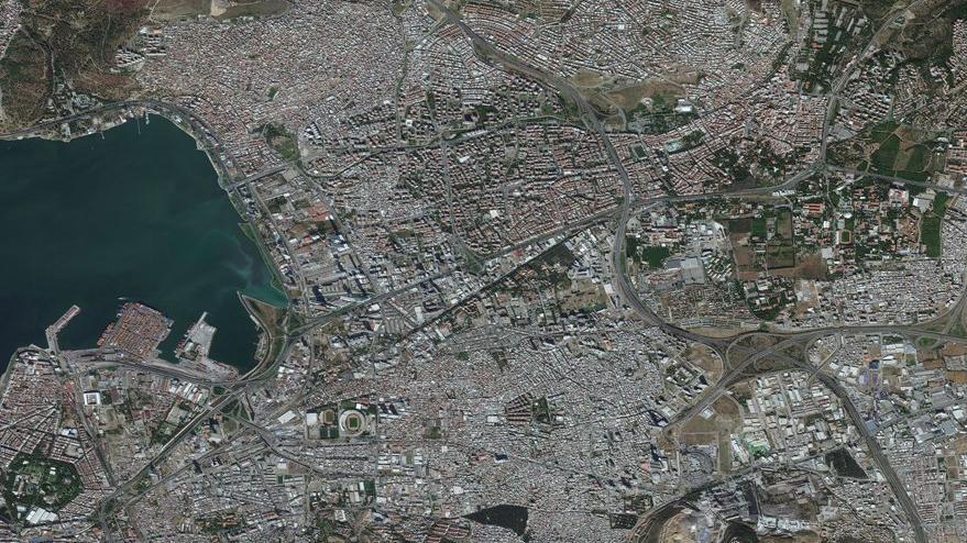 İzmir depreminin korkunç etkisi uydudan görülüyor