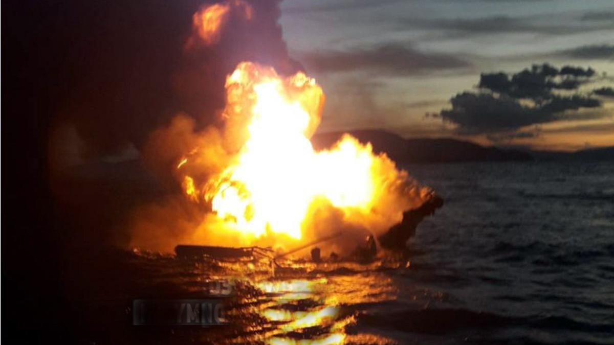 Denizde can pazarı! Feribot alev alev yandı