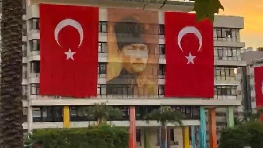 İzmir Büyükşehir Belediyesi Genel Sekreteri: Konak'taki binamızı geçici olarak boşaltacağız
