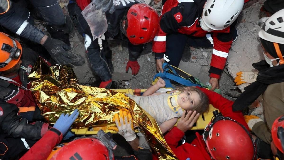 Depremin mucize çocukları: İdil, Elif, Ayda