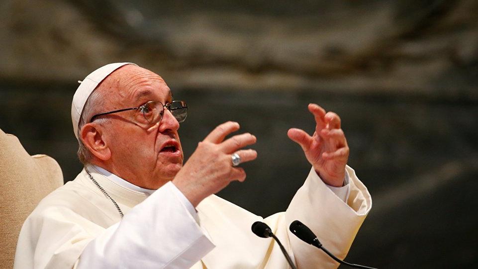 Papa'dan eşcinsel evlilik çıkışı... Çark etti