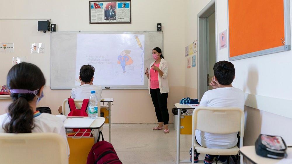 CHP'li Karabat: Öğretmen maaşları 11 yılda 320 dolar eridi