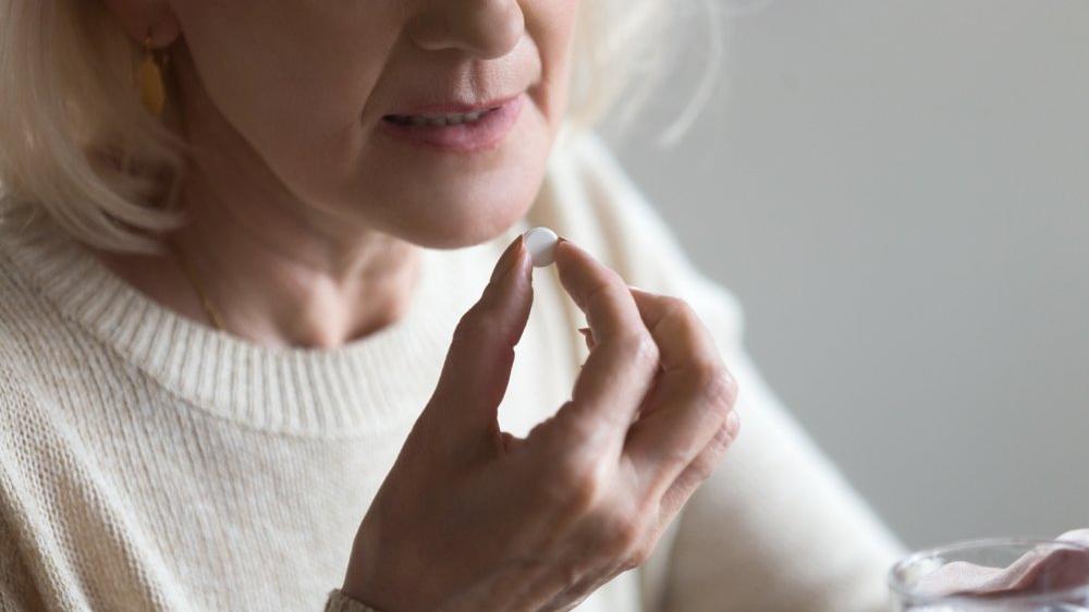 Corona virüsünün ilacı burnumuzun dibindeymiş: Aspirin ile ilgili denemeler başladı