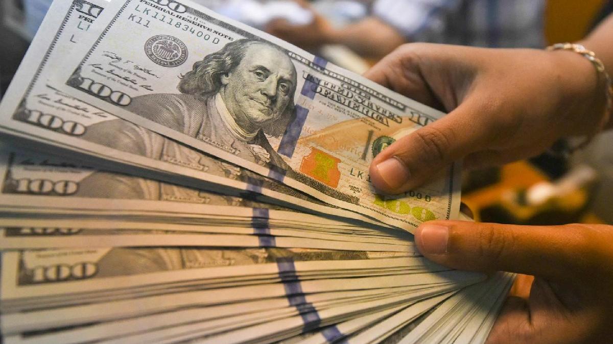 Dolar ve euroda yeni rekorlar