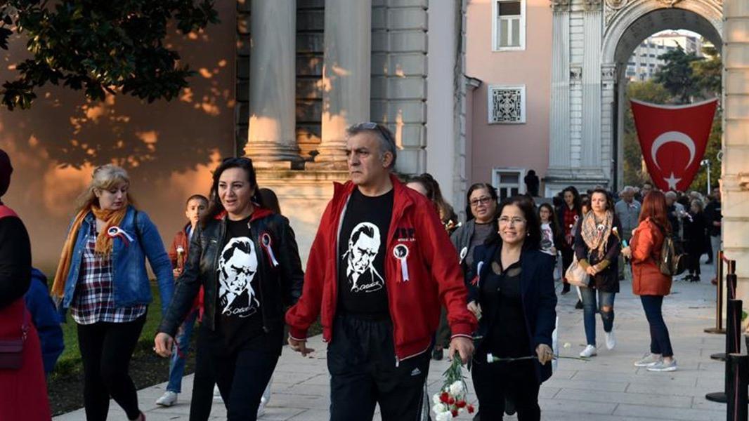 Atatürk'ün sesi 'Dolmabahçe Ağaçlı Yolda' yankılanacak