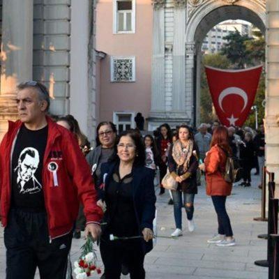Atatürk'ün sesi 'Dolmabahçe Ağaçlı Yolda' yankılanacak - Güncel yaşam  haberleri