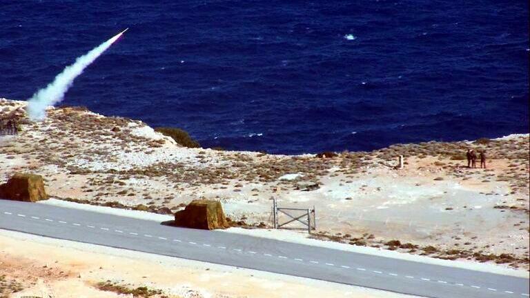 Yunanistan S-300 sistemini denedi