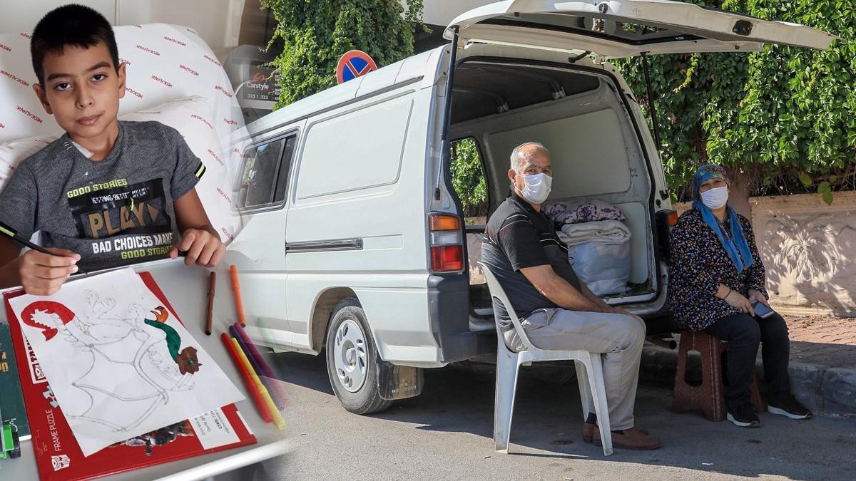 Lösemi tedavisi gören oğlu hastanede, kendisi minibüste yaşıyor