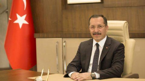 Rektörü yakan ilan Resmi Gazete'de yayınlanarak iptal edildi