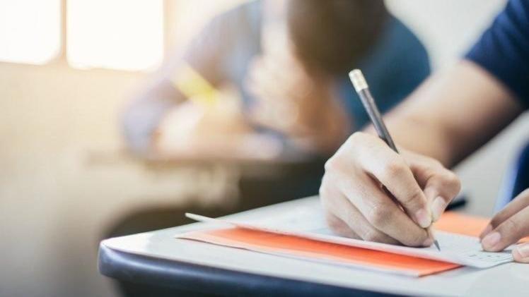 Sınavlar nasıl olacak, okulda mı yapılacak?