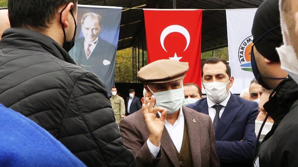 CHP'li belediyeye açılış yaparken haciz geldi
