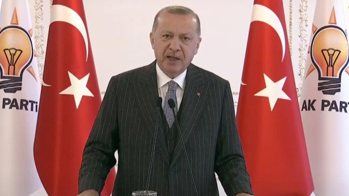Erdoğan: Ekonomi, hukuk ve demokraside yepyeni bir seferberlik başlatıyoruz