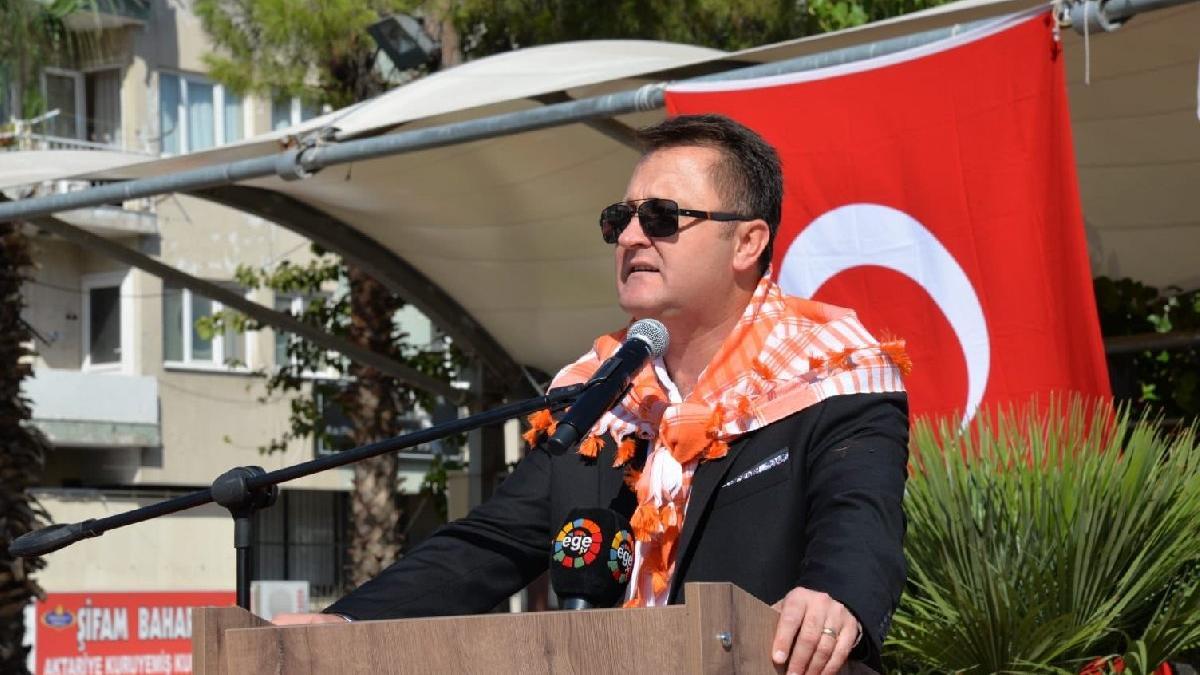 CHP'den, Menemen Belediye Başkanı'na kesin ihraç istemi