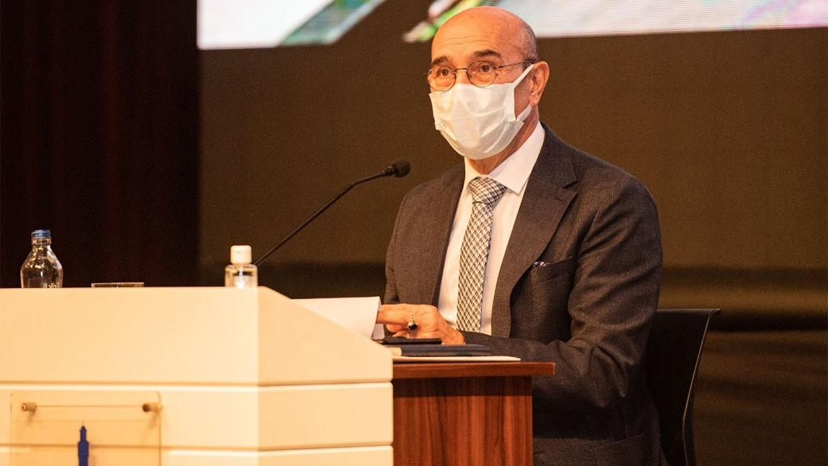 Tunç Soyer: Hastanelerde yığılma var, herkes gönüllü karantinayı başlatsın