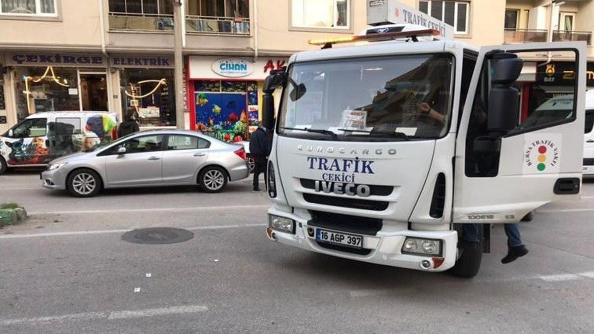 Bursa'da feci kaza, çekiciyle motosiklete çarptı