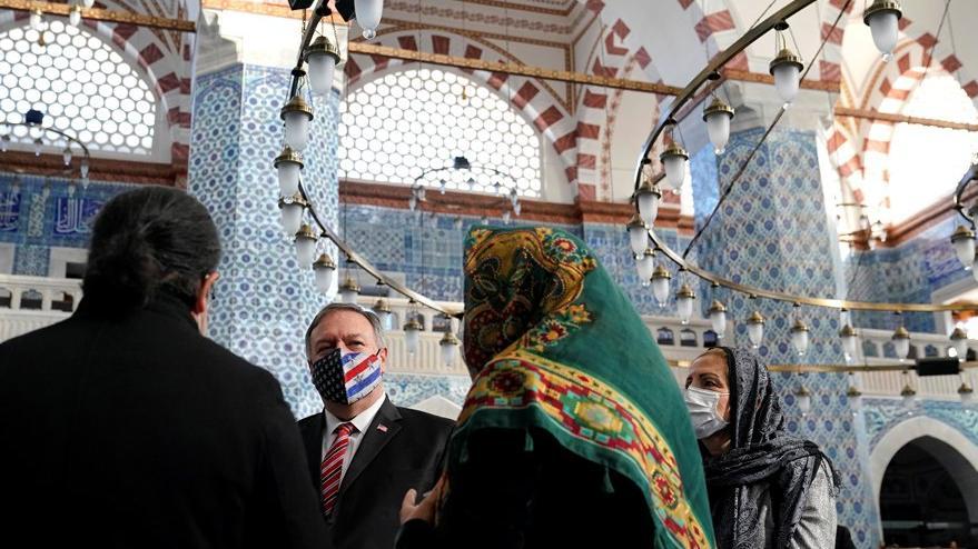 Pompeo, Patrikhane'den sonra Rüstem Paşa Camii'ni gezdi