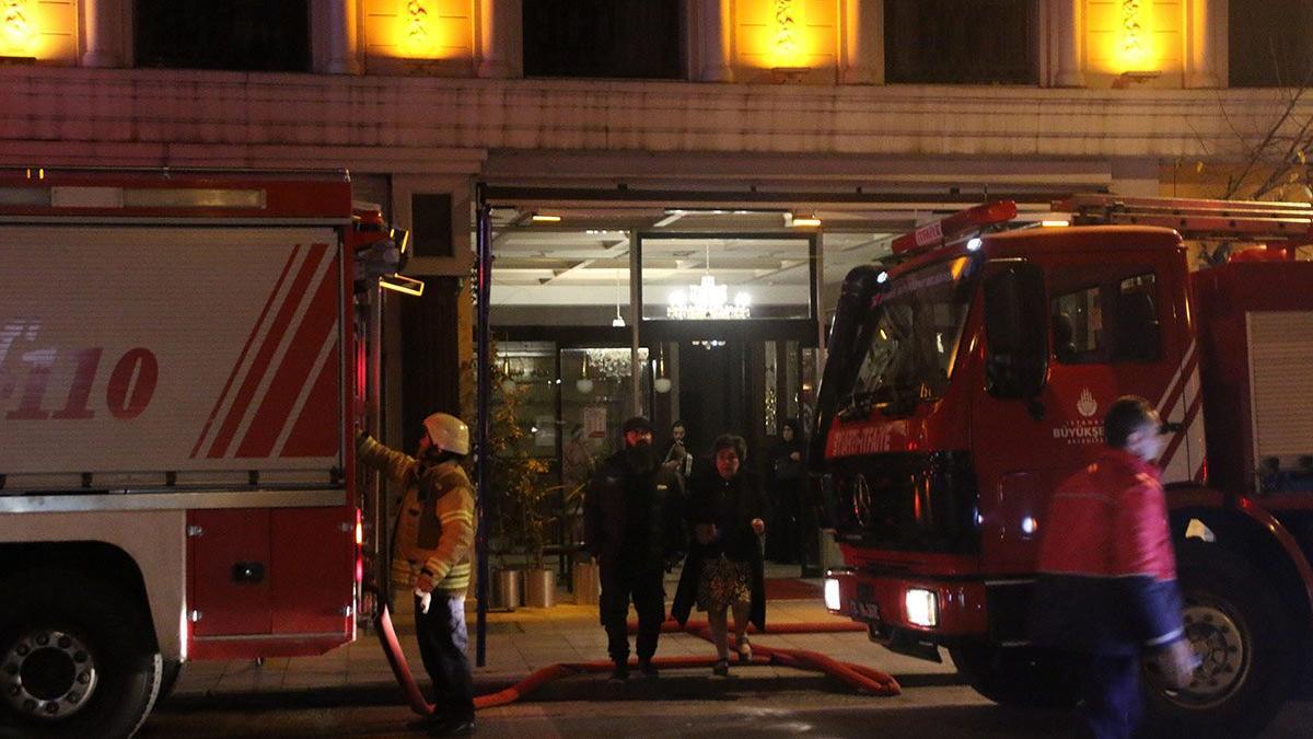 Şişli'deki otelde yangın! Müşteriler tahliye edildi