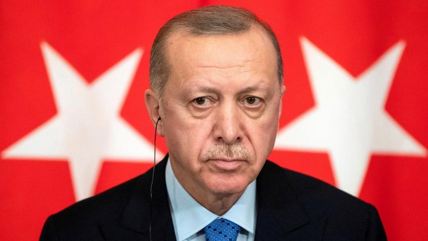 Financial Times'tan Erdoğan yorumu: Etrafını dalkavuklar sarmaladı