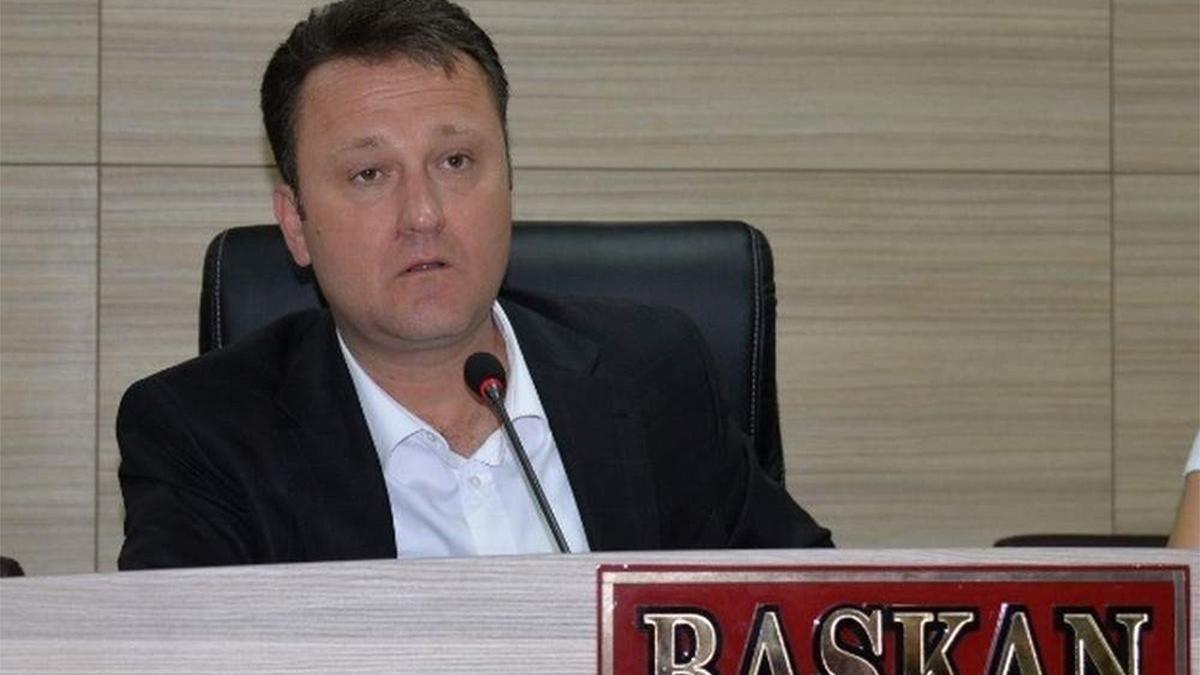 CHP'li Menemen Belediye Başkanı partisinden istifa etti
