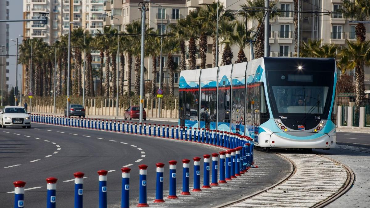 İzmir'de toplu ulaşıma pandemi ayarı