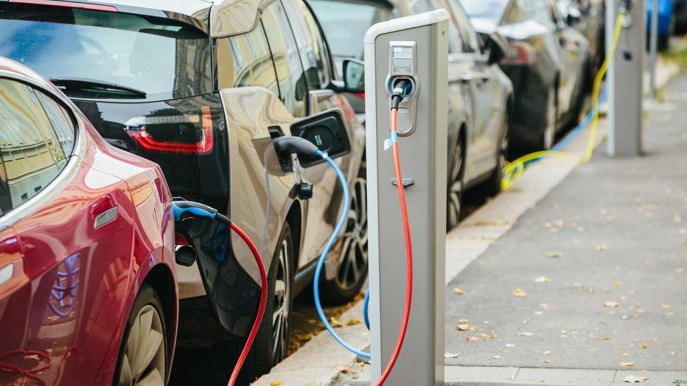 Avrupa elektrikli otomobil satışlarında vites yükseltti
