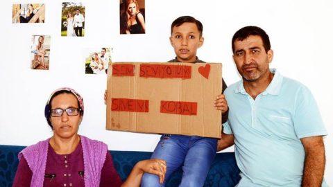 Küçük Alihan'ın Sinem Kobal tutkusu: Bir sesini duysam dünya benim olur