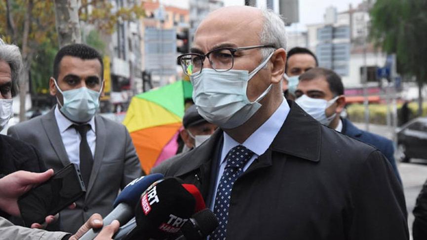 İzmir Valisi Yavuz Selim Köşger coronaya yakalandı