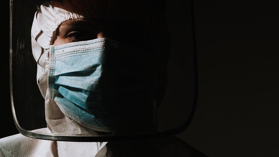 Sağlık çalışanlarını kim tedavi edecek?