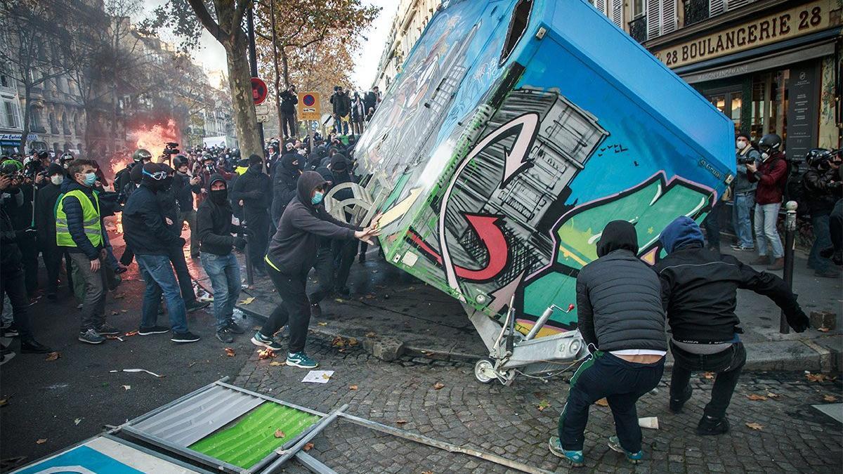 Fransa'da ortalık karıştı! Polisten sert müdahale