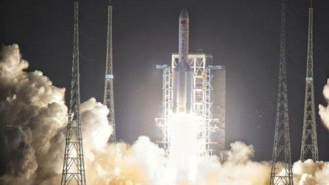 Çin duyurdu: Ay'ın yüzeyine başarıyla indik