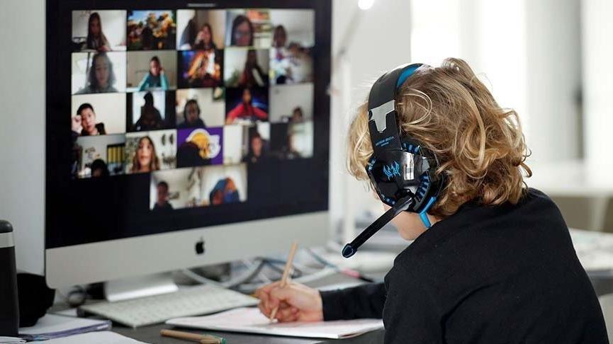 Öğrencilerinin uzaktan eğitimine siber sapık engeli