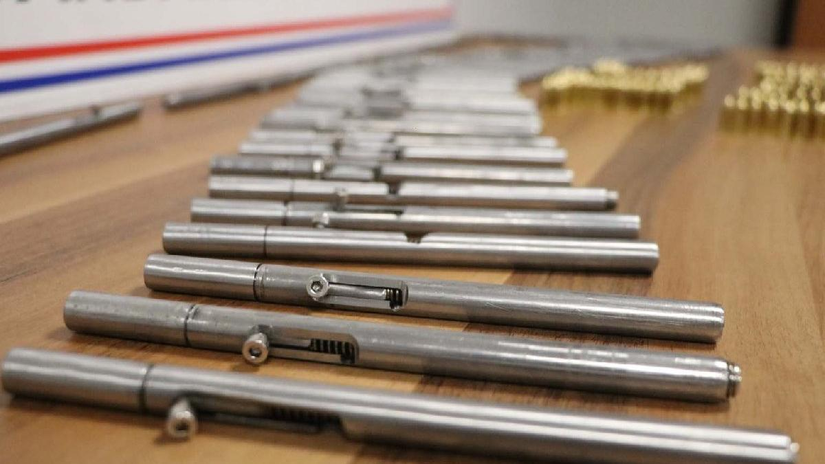 Suikastlarda kullanılan 50 kalem silah ele geçirildi