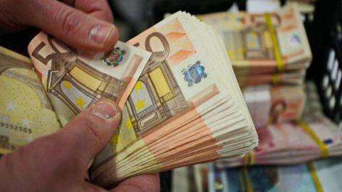 Euro bölgesi yüzde 12.5 büyüdü
