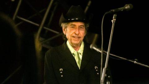 Bob Dylan'dan Universal ile tarihi anlaşma: 'Para konuşmaz, küfreder' demişti...