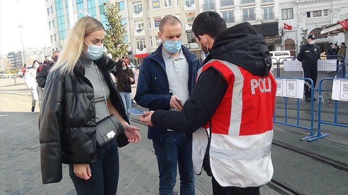 Corona yasaklarından muaf tutulan turistler: İstanbul'da VIP gibiyiz