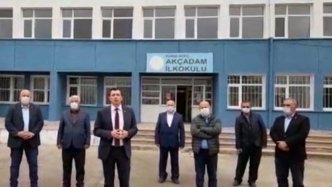 İmece usulüyle tadilatı yapılan okulun kapatılması tepki çekti