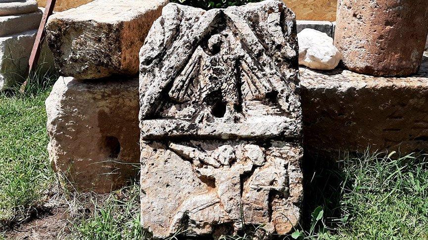 Köy çeşmesinde kullanılan tarihi eseri jandarma fark etti