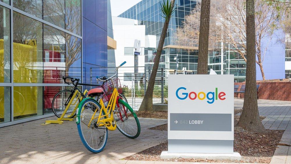 Google 'hibrit' çalışma modeline geçiyor