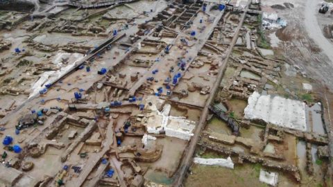 Haydarpaşa'da tespit edildi: Mermer tabanlı gizemli yapı