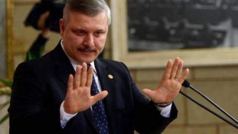 AKP'li eski vekil TSK'dan Fetullahçı diye atılmış