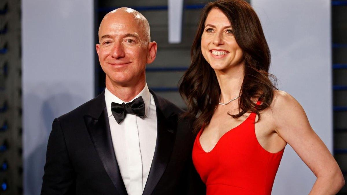 Bezos'un eski eşi 4 milyar dolar bağış yaptı