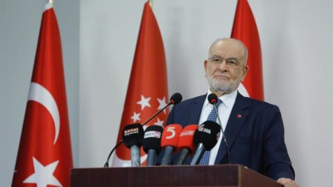 Karamollaoğlu: MHP polemik dışında hiçbir işe girmiyor