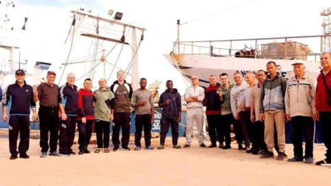 Libya'nın alıkoyduğu balıkçılar 108 gün sonra serbest