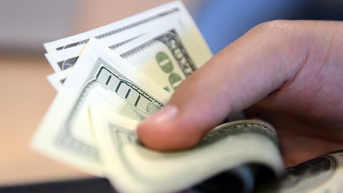 Dolarda sakin seyir devam ediyor! Piyasalarda son durum...