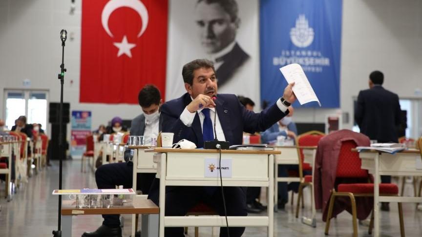AKP'li belediye 2 seçim döneminde 19 özel kalem müdürü atadı